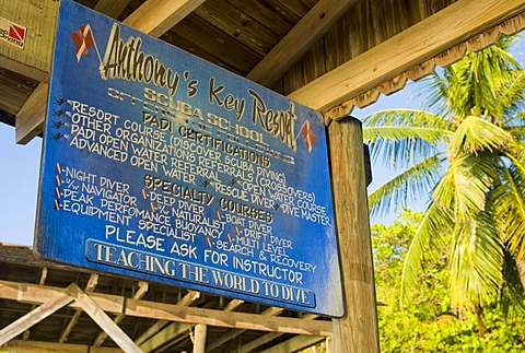 Information board of the diving school, Hotel Anthony's Key Resort, Roatan, Honduras, Central America