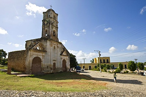 Ruins of a church in Trinidad, Sancti-Spiritus Province, Cuba, Latin America, America