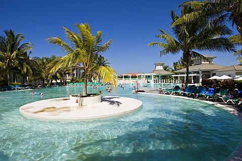 Pool, Tryp Peninsula hotel, Varadero, Cuba, Caribbean, America