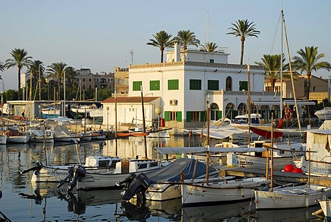 Boats in the harbour, Port de Portixol, Palma de Mallorca, Balearic Islands, Mediterranean, Spain, Europe