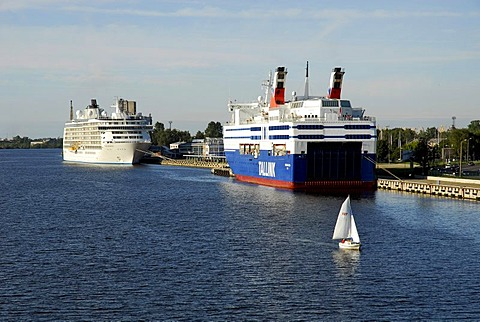 Daugava river with ships, as seen from the Vansu tilts bridge, Riga, Latvia, Baltic States, Northeast Europe