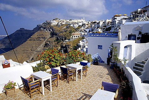 Fira, capital city, with its white houses at the crater rib of the volcano, view of the caldera, Island of Santorini, Thera or Thira, Cyclades, the Aegean, Mediterranean Sea, Greece, Europe