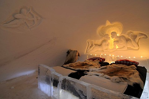 Honeymoon-room in an igloo, Snow Hotel, Kirkenes, Finnmark, Lapland, Norway, Scandinavia, Europe
