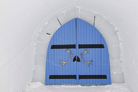 Portal with caribou antlers, igloo, Icehotel Kakslauttanen, Ivalo, Lapland, Finland, Europe