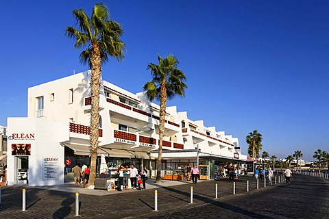 Shore promenade with people, shops, restaurants and palm trees, Kato, Paphos, Pafos, Cyprus, Europe