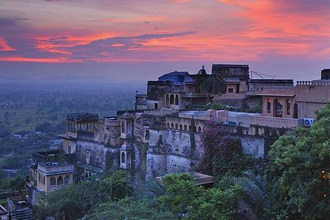 Evening mood after monsoon rainfall, Neemrana Fort, Neemrana, Rajasthan, North India, Asia