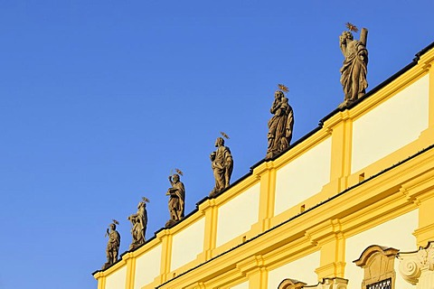"Baroque statues of saints, Baroque ""Basilica Minor"", Church of Visitation of Virgin Mary, on Svaty Kopecek, Holy Hill, near Olomouc, Czech Republic, Europe"