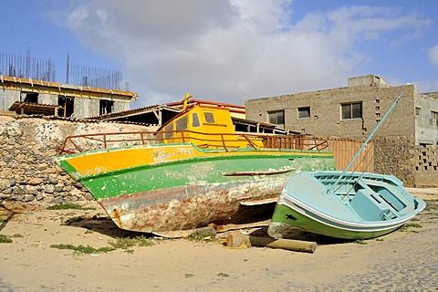 Boats on the beach, Sal Rei, Boa Vista Island, Republic of Cape Verde, Africa