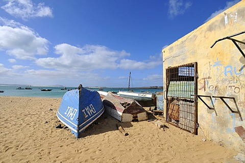 Boats on Sal Rei Beach, Boa Vista Island, Republic of Cape Verde, Africa