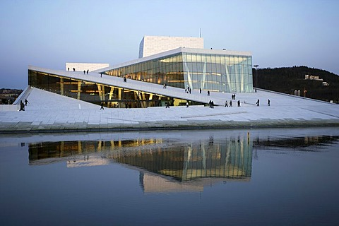 Oslo Opera House at Oslofjord with an accessible roof made of Carrara marble, Oslo, Norway, Scandinavia, Europe