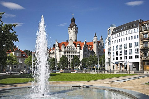 New town hall, town hall tower, fountain, Leipzig, Saxony, Germany, Europe
