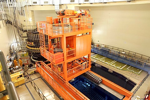 EON Nuclear Power Plant Isar II, reactor building, spent fuel pool, refueling stage, Essenbach, Bavaria, Germany, Europe