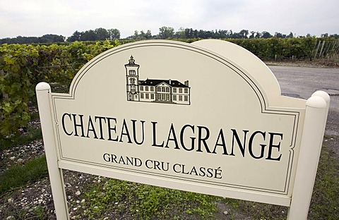 Sign at the entrance of the Chateau Langrange vineyard in the wine-growing district of Medoc, Bordeaux, near Saint Julien, Department Gironde, France, Europe