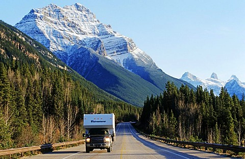 Drive through the Rocky Mountains, Jasper National Park, Alberta, Canada, North America