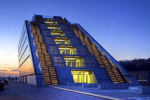 Modern Dockland office building on Elbe River at sunset, stairs leading to the roof on the backside, fishing harbour, St Pauli fish market, Hamburg Harbour, Hamburg, Germany