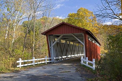 The Everett Road covered bridge in Cuyahoga Valley National Park, Peninsula, Ohio, USA