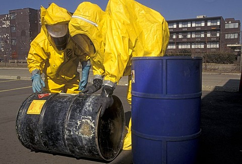 A training session for workers dealing with toxic chemical spills, Detroit, Michigan, USA