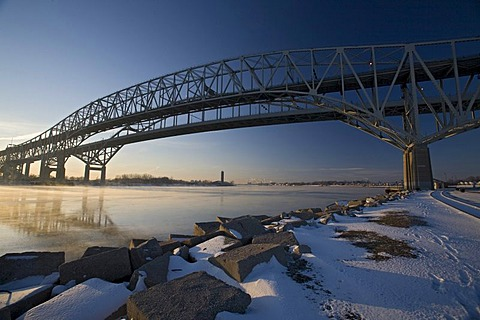 The Blue Water Bridge across the St. Clair River, linking the United States and Canada, Port Huron, Michigan, USA