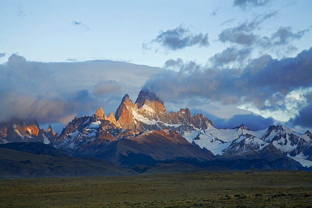 Morning light on the Fitz Roy massiv, Patagonia, Argentinia, South America