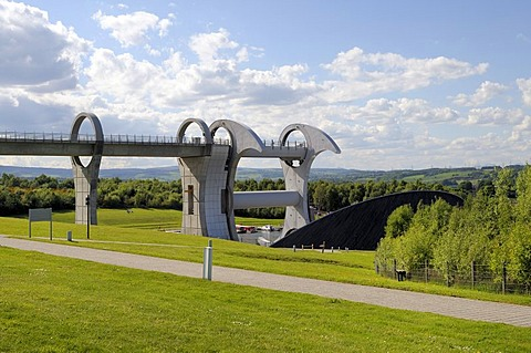 Falkirk Wheel, the only rotating boat lift worldwide, it is able to lift a boat 25 metres high, Falkirk, Scotland, United Kingdom, Europe