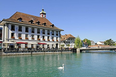 Restaurant, hotel, riverside, bridge, historic district, Aare River, Thun, Canton of Berne, Switzerland, Europe
