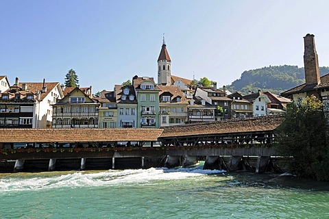 River Aare, wooden bridge, Thun Castle, historic district, Thun, Canton of Berne, Switzerland, Europe