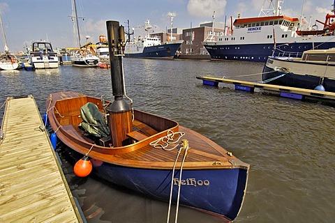 Small steamship, Bremerhaven, Bremen, Germany