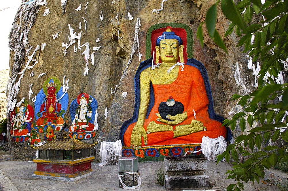 Rock relief of Buddha Shakyamuni, Tibet