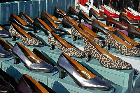Sale stand with ladies' shoes, market, Altea, Costa Blanca, Spain