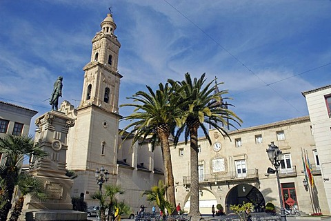 Main square, church San Pedro, monument Jorge, Novelda, Alicante, Costa Blanca, Spain