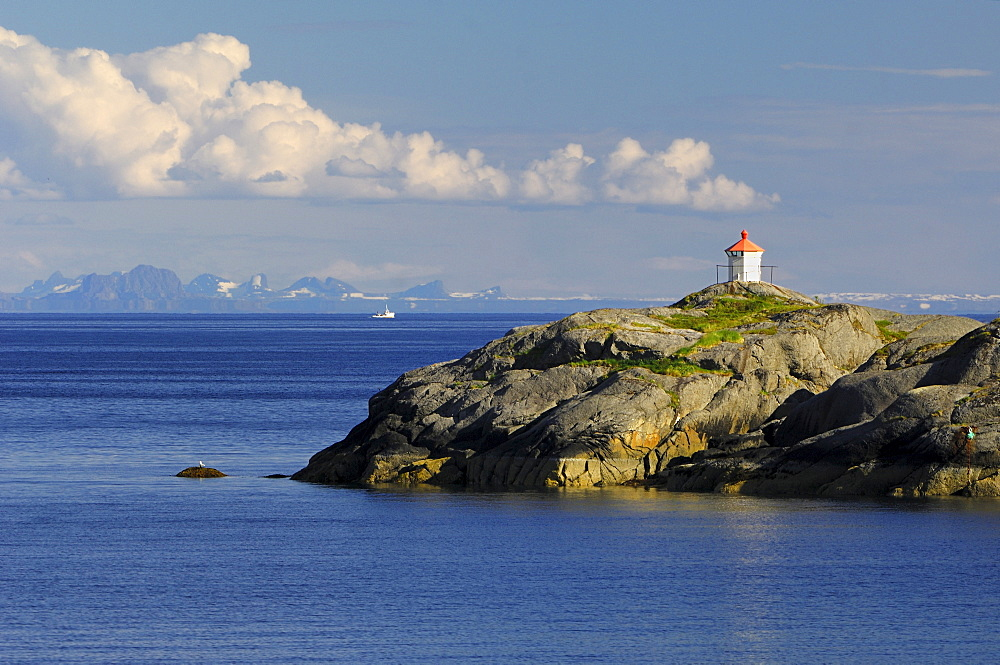 Lighthouse at the Nusfjord, Flakstadoy, Lofoten, Norway, Scandinavia