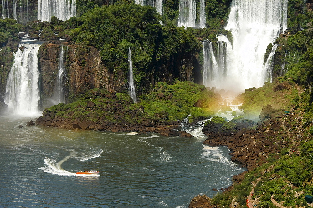 Waterfalls and tourist boat, Iguacu, view from Brasilian side, Brasil, South America