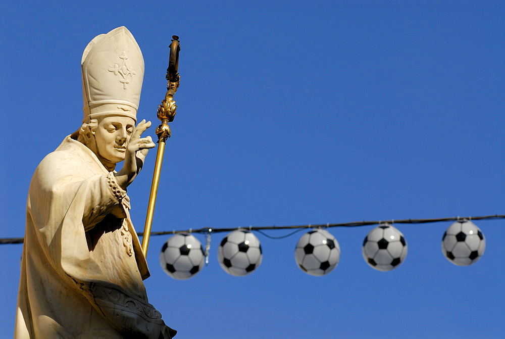 Annasaeule by Christof Benedetti, at top a statue of Pope Vigilius, 2008 UEFA European Football Championship, Maria Theresien Street, Innsbruck, Tyrol, Austria, Europe