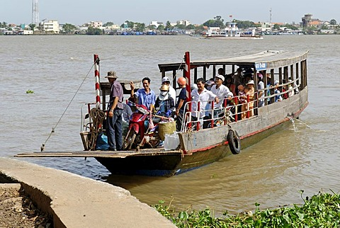 Passenger ferry crossing the Mekong River, Mekong Delta, Vietnam, Asia
