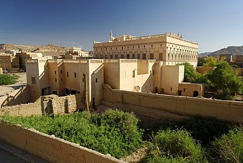 Historic Al-Kaff Palace Isch Schaa, holy city of Tarim, Wadi Hadramaut, Yemen, Arabia, Arab peninsula, the Middle East
