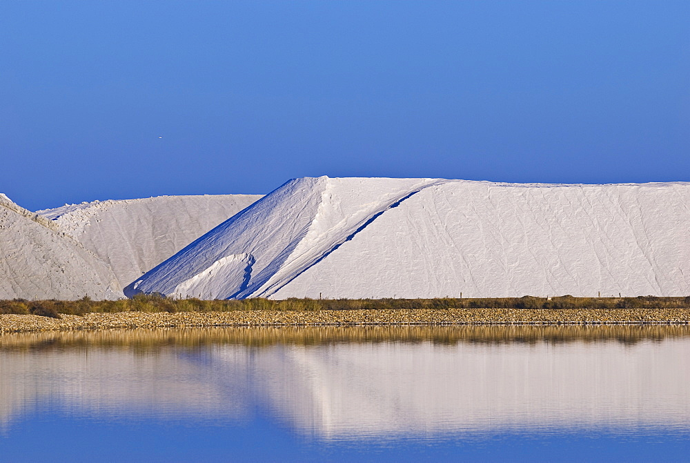 Saline, Saltern, Aigues Mortes, Languedoc-Rousillion, France
