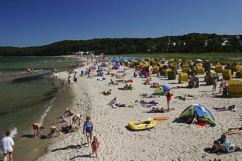 BRD Germany Island of Rugen Binz Baltic Sea Spa Beachside Watering People Activities in free Time