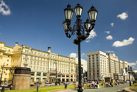 Manesche Square with Hotel National and the Building of State Duma, Moscow, Russia, East Europe, Europe