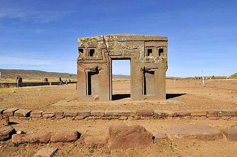 Gateway of the Sun, rear view, at Tihuanaku, UNESCO World Heritage Site, La Paz, Bolivia, South America