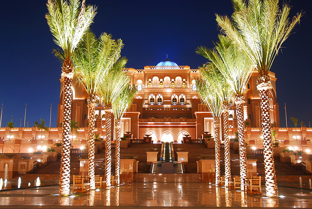 Emirates Palace Hotel by night, Abu Dhabi, United Arab Emirates, Abu Dhabi