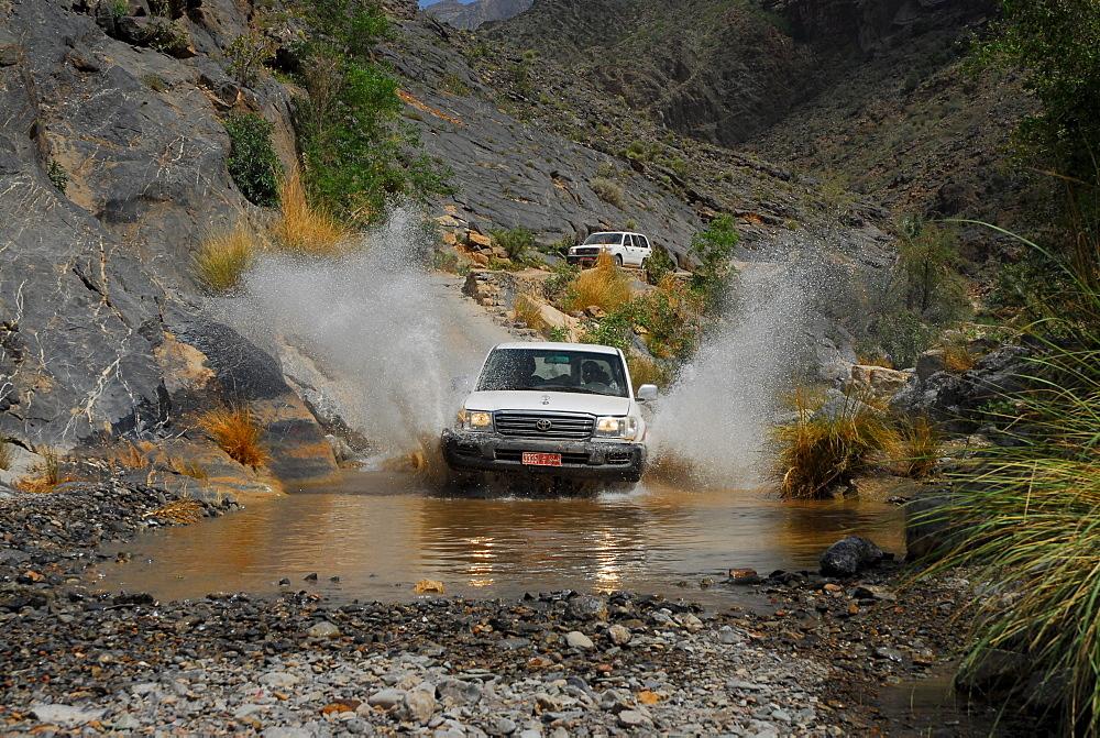 Off road adventure at Jebel Akhdar (Akdhar mountains), Oman