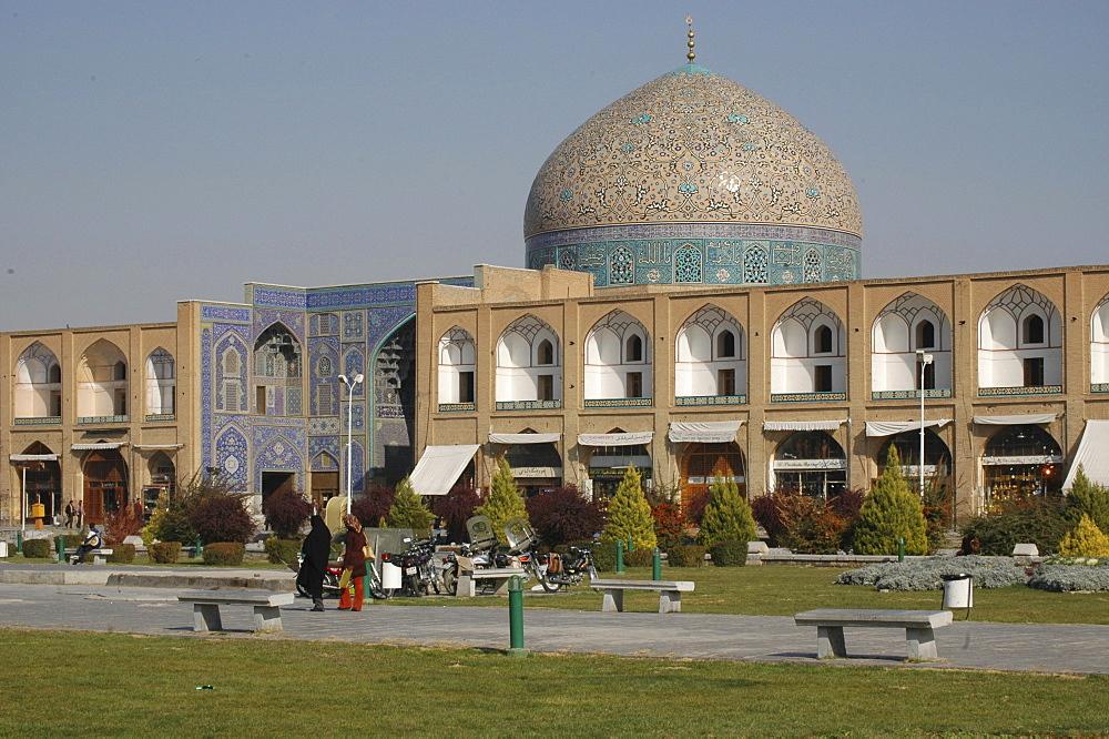 Sheikh Lotf Allah Mosque at Meidan-e Imam (Imam Square), Isfahan, Iran