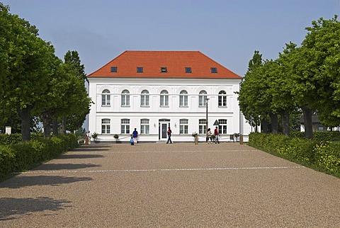 Building at the Circus of Putbus, Ruegen island, Mecklenburg Western Pomerania, Germany, Europe