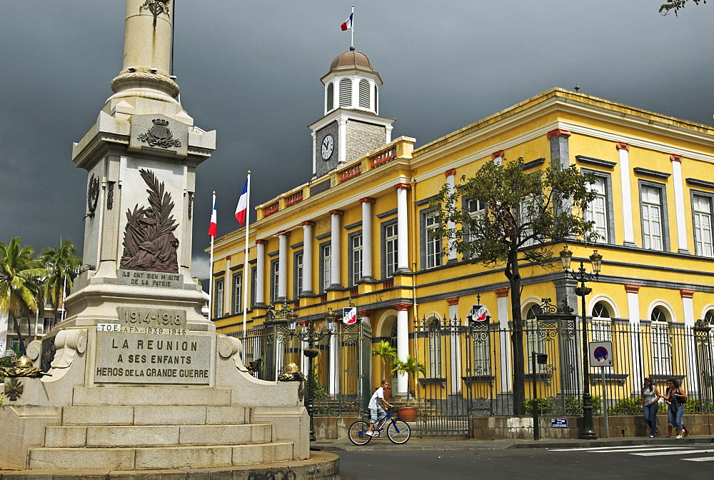 City hall and monument for soldiers killed in action in the capital St. Denis, La Reunion Island, France, Africa