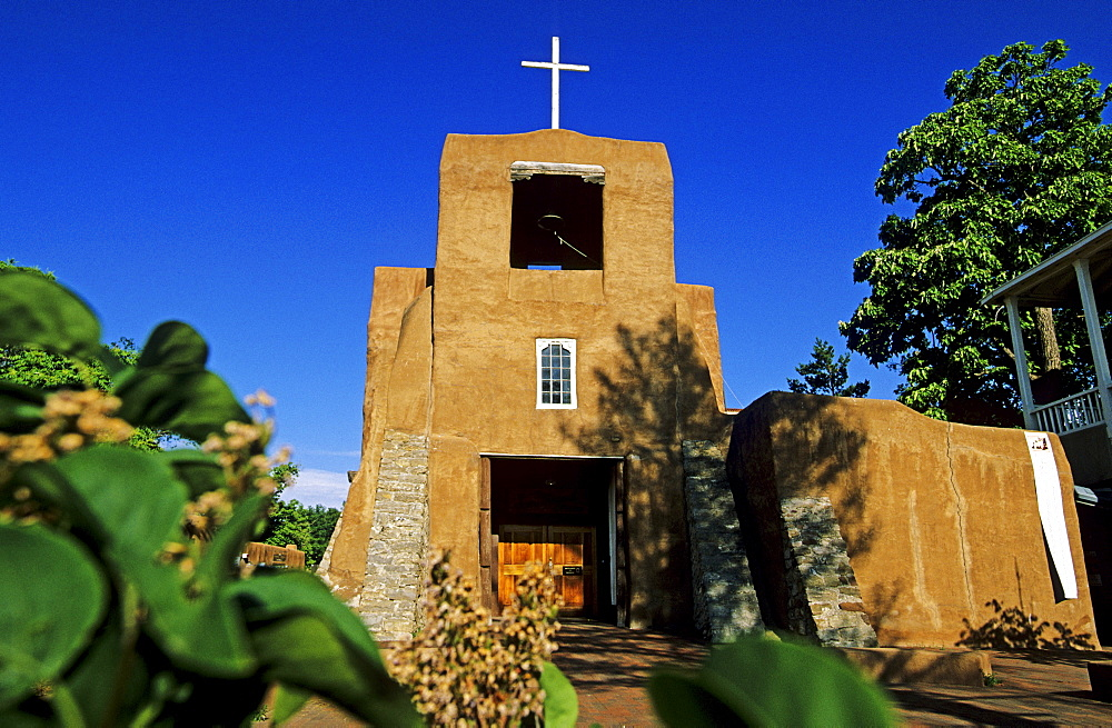 Church of San Miguel in Santa Fe, New Mexico, USA, America