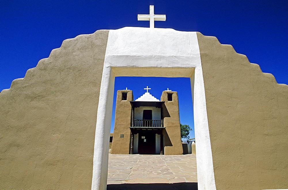 Adobe architecture in Taos Pueblo, New Mexico, USA, America