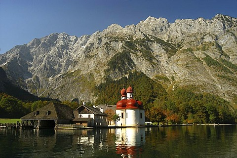 Pilgrimage church St. Bartholoma in front of the Watzmann massive, Konigssee, Bavaria, Germany