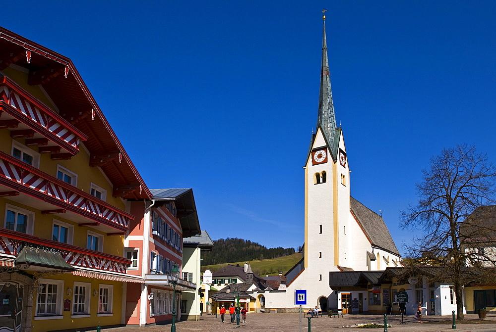 St. Blasius Kirche, St. Basil's Church and market square, Abtenau, Salzburg region, Austria