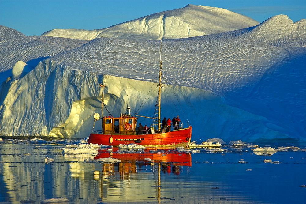 Crab cutter, tourist boat, Kangia Fjord, iceberg, UNESCO World Heritage Site, Jakobshaven, Ilulissat, Greenland