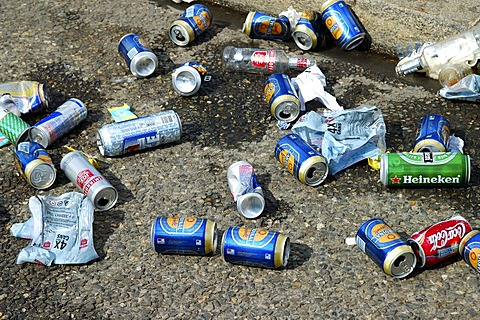Empty cans garbage